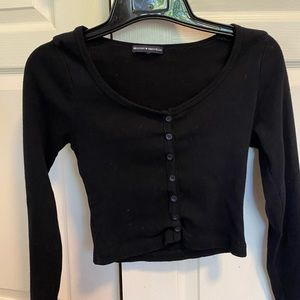 BM cropped button long sleeve